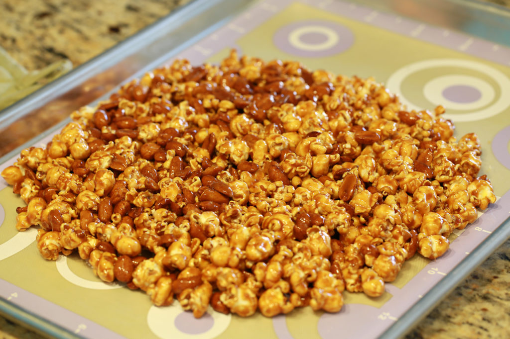 Image result for Bahan Cara Membuat Popcorn Caramel