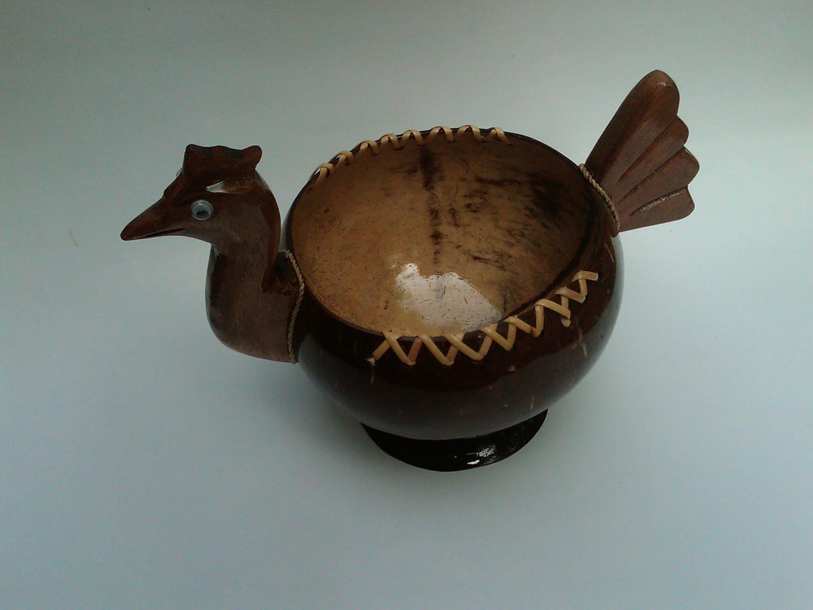 Cara membuat asbak dari batok kelapa