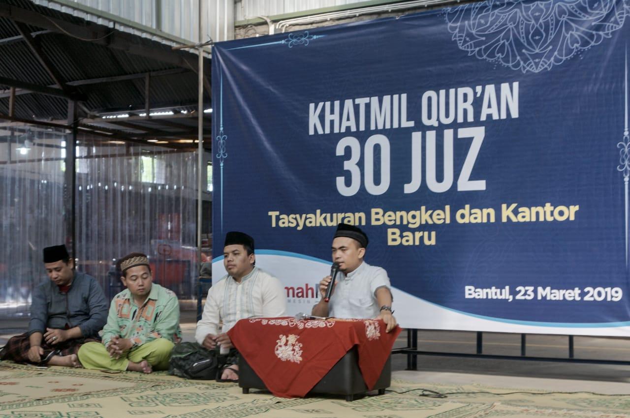 Rumah Mesin Gelar Khatmil Qur'an di Bengkel Baru