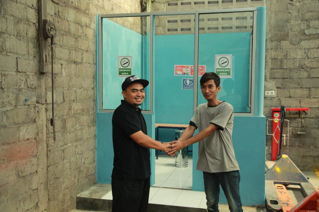 Rumah Mesin Resmikan Smoking Area Untuk Para Karyawan