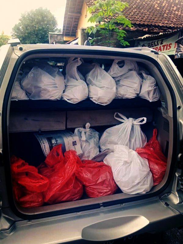 Rumah Mesin Salurkan Bantuan Nasi Bungkus ke Korban Banjir di Bantul dan Kulonprogo 2