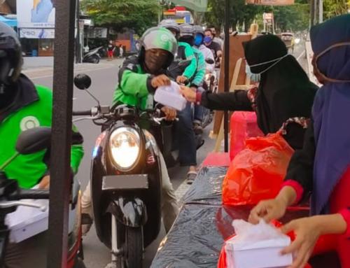 Hingga Ramadhan ke-18, Pembagian Nasi Kotak Gratis Hampir Mencapai Angka 1.000