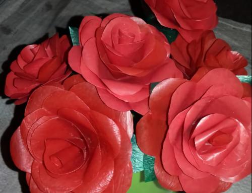 Cara Membuat Bunga dari Plastik, Memanfaatkan Limbah Tak Terpakai!